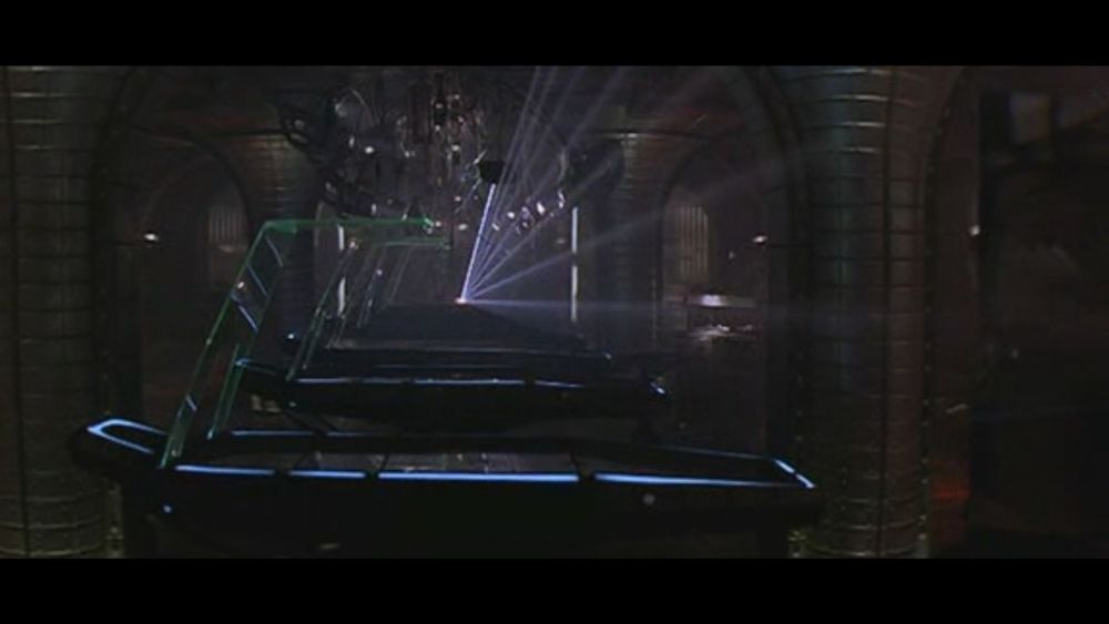 Adrian Biddle : Event Horizon (4/6)